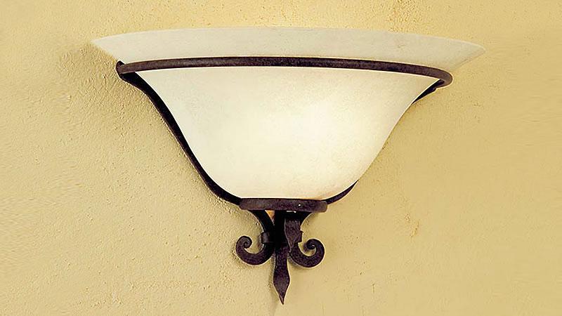 Plafoniera Ferro Battuto Nero : Applique ferro battuto con negozio illuminazione siena firenze